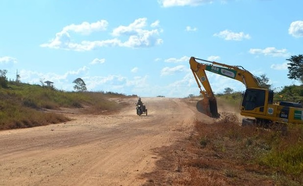 Mais um serviço mal feito a caminho; DER quer concluir anel viário de Ji-Paraná