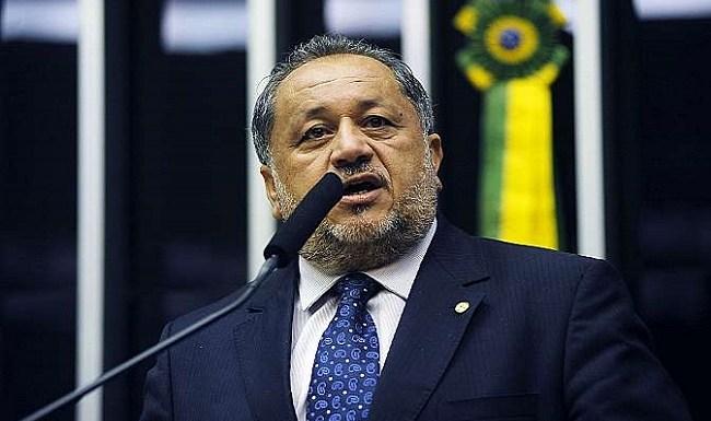 Deputado Luiz Cláudio recebe cargos na Conab e Agricultura para não votar pelo impeachment
