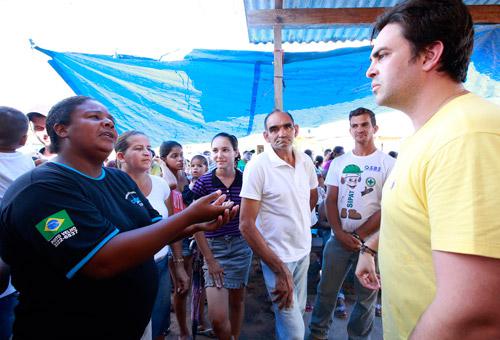 Famílias de Nova Mutum apresentam reivindicações a Léo Moraes