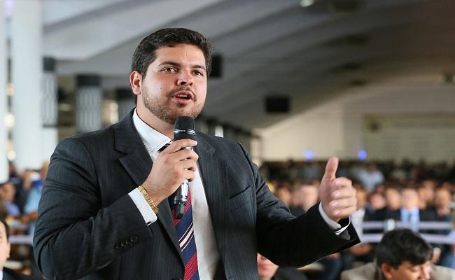 Jean Oliveira parabeniza governador por mudança no DER