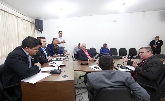 Comissão recebe representantes da Sugespe para apurar denúncia
