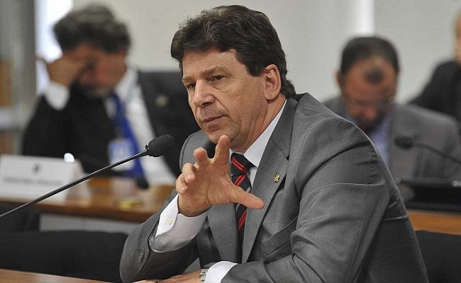 STF tira processo da pauta e Ivo ganha mais tempo no Senado