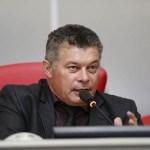 Edson Martins pede conclusão de asfaltamento na RO 473