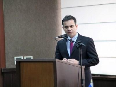 """""""É de lei - 2"""" - por Andrey Cavalcante"""