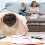 Pesquisa indica ligeira queda no endividamento das famílias