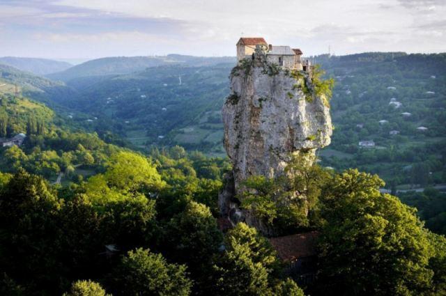 O pilar Katskhi - Imereti, Georgia