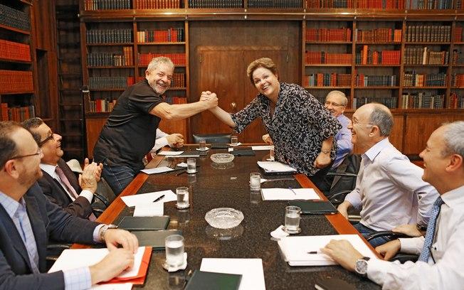 Dilma telefona para Lula e manifesta solidariedade após ação da PF