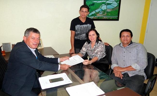 Edson Martins destina 100 mil para drenagem de ruas em Rio Crespo