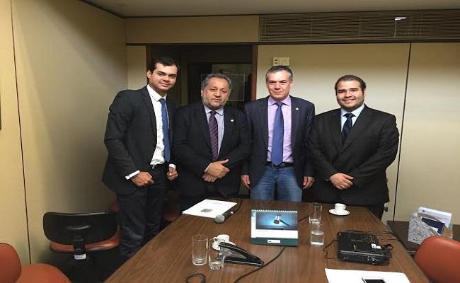 Comissão formada para acompanhar obras do Governo Federal começa os trabalhos