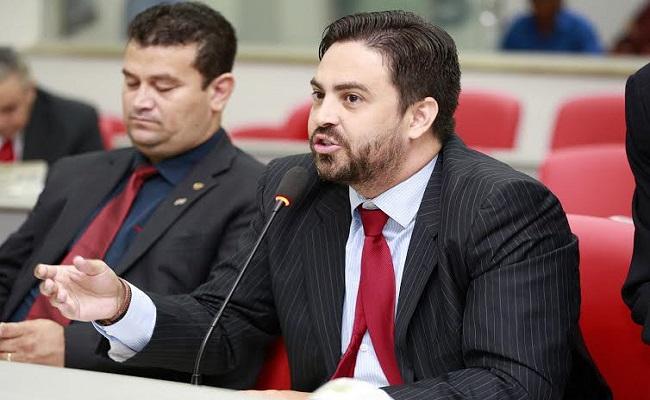 Deputado Léo Moraes relata caos no transporte coletivo da capital