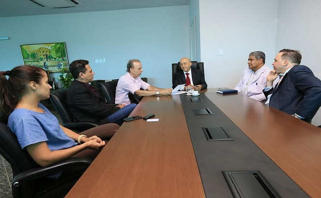 Maurão de Carvalho defende credenciamento do Hospital de Câncer da Amazônia