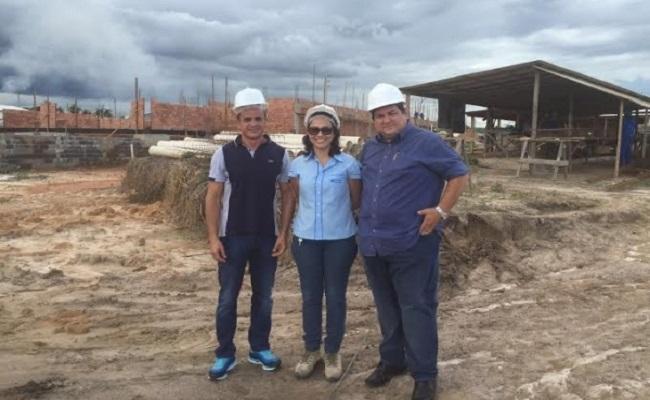Presidente do Sistema Fecomércio-RO visita obras do Sesc de Ji-Paraná