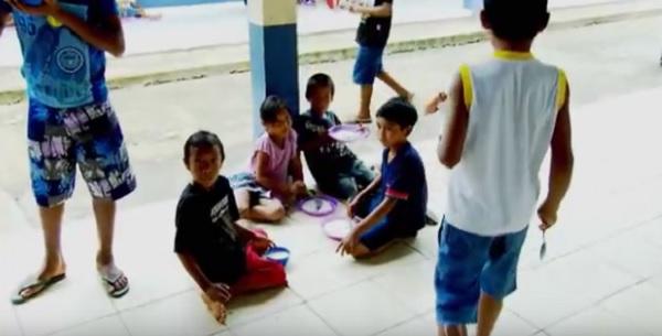 Profissão Repórter mostra crianças que passam fome e sede nas escolas