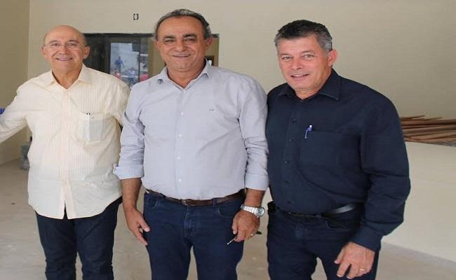 Deputado Edson Martins garante emenda de 300 mil reais para posto de saúde em Jacinópolis