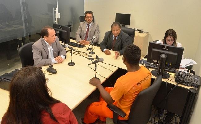 Como enfrentar a violência policial nas audiência de custódia?