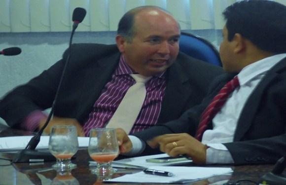 Edwilson Negreiros recebeu mais de 8 mil em diárias inclusive para acompanhar Prefeito em evento no município