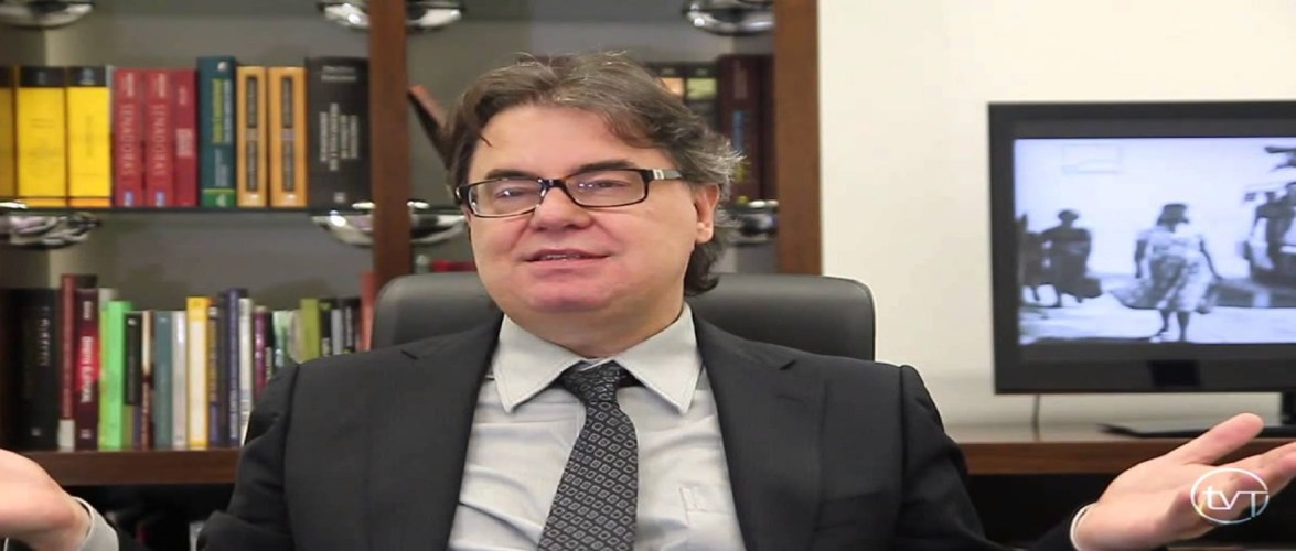 Advocacia virou exercício de humilhação e corrida de obstáculos – Por Lenio Luiz Streck