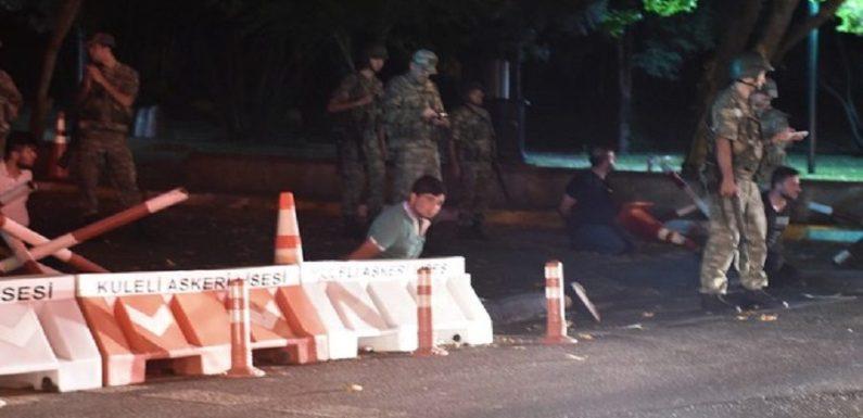 Fracassa golpe militar na Turquia; tentativa matou ao menos 265
