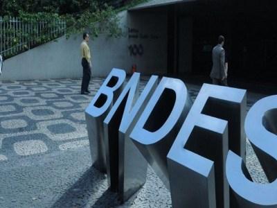 Governo vai renegociar R$ 50 bilhões de dívidas com BNDES