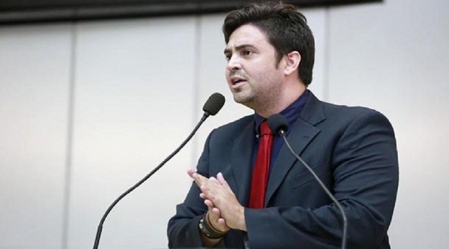 Léo Moraes derruba veto do Executivo a projeto que beneficia agentes penitenciários e socioeducadores