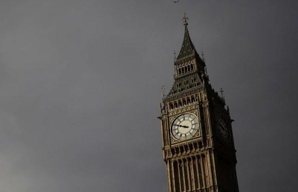 O Jornal The Guardian afirmou que os políticos britânicos condenam suspensão de Dilma
