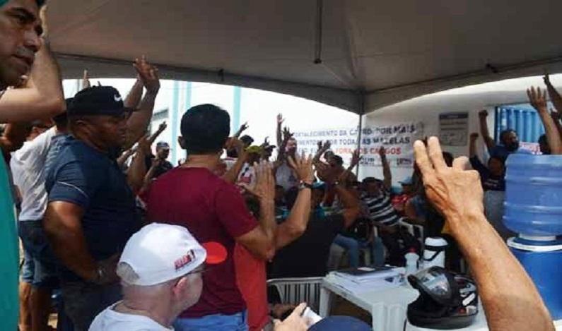 Trabalhadores da CAERD decidem pela suspensão temporária do movimento grevista