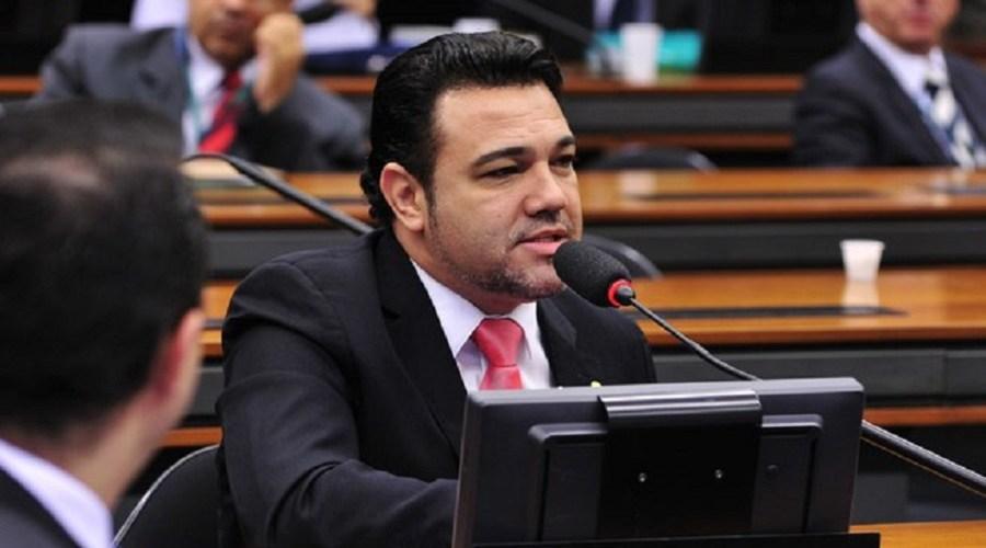 Jovem que denunciou Feliciano diz que PSC acobertou suposta tentativa de estupro