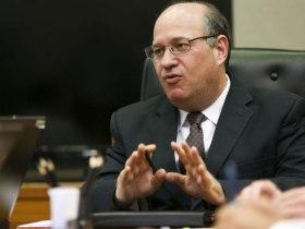 Brasil deve se manter atento a eventuais crises externas, diz Goldfajn