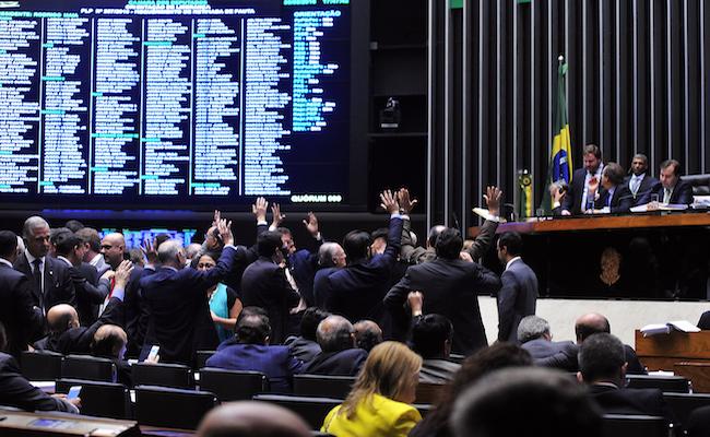 Relatório final do orçamento será apresentado no domingo e votado na quarta