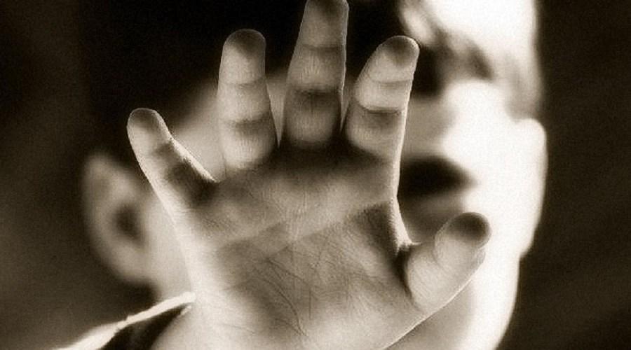 Criança é internada em estado grave vítima de enforcamento