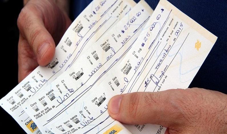 Nova regra do cheque especial pode criar superendividados