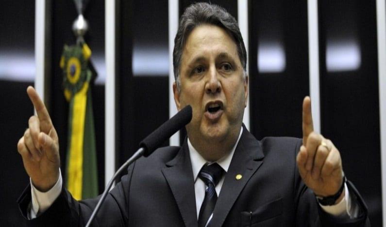 OAB-RJ afirma que juiz eleitoral está violando direito de defesa de Garotinho