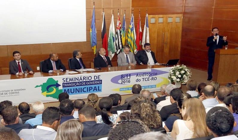 """""""Comecem bem e terminarão bem"""", alerta Maurão de Carvalho aos novos prefeitos"""