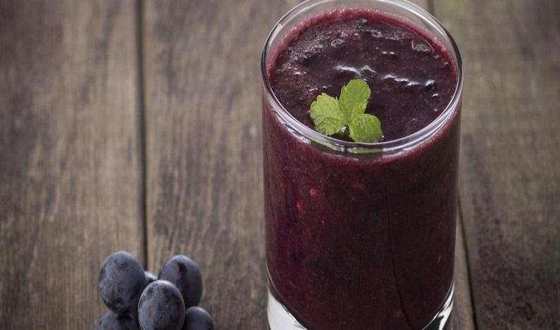 Aprenda a fazer um Smoothie de uva vegano