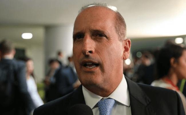 Votação das medidas anticorrupção fica para terça-feira, diz relator
