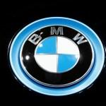 BMW rastreia carro roubado, tranca o veículo e prende ladrão dentro