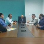 Deputado Edson Martins pede construção de silos a Confúcio Moura.