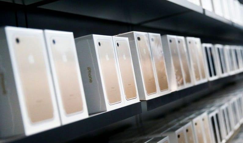 Leilão da Receita terá iPhone por R$ 720
