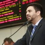 Léo Moraes eleito presidente da Comissão para implantação da Rádio e TV Assembléia