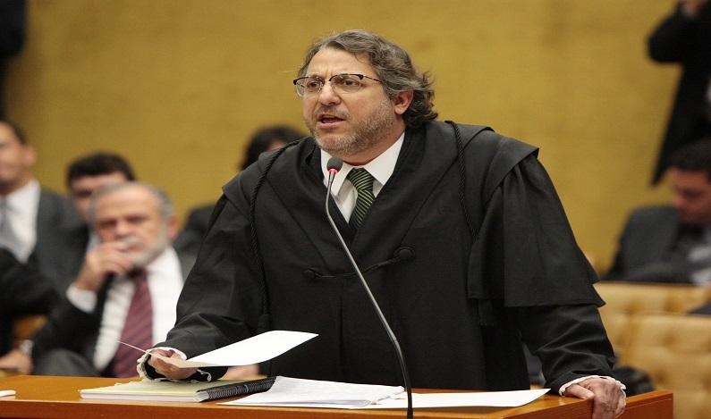Perseguição implacável contra advocacia e o direito de defesa – Por Leonardo Isaac Yarochewsky