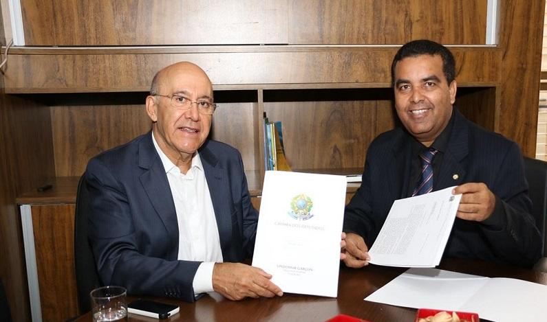 Lindomar Garçon comemora a destinação de emenda impositiva, pela bancada federal, na ordem de R$ 132 milhões para infraestrutura na Capital