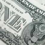 Dólar chega a R$ 3,40 diante cenário de delações