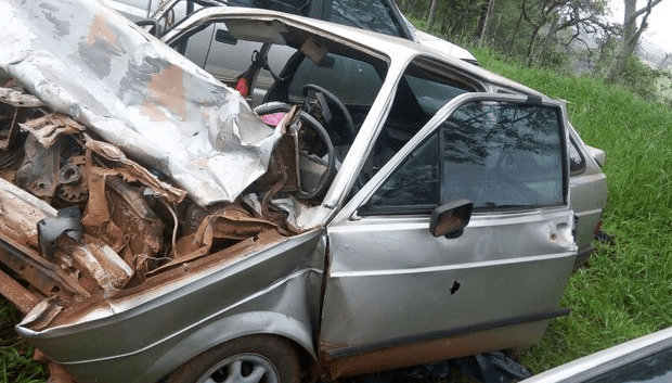 Vereadora e filho morrem em acidente após a posse, no PR
