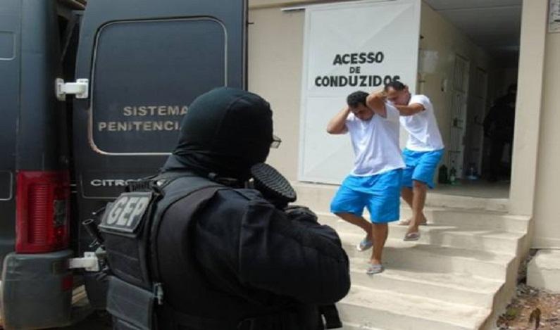 Líderes do massacre em Alcaçuz são transferidos para Rondônia