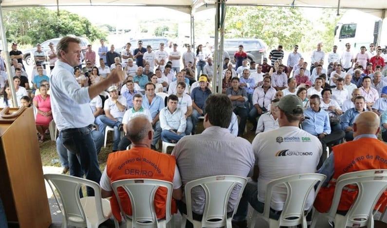 Deputado participa de lançamento de projeto Asfalto Novo no Cone Sul
