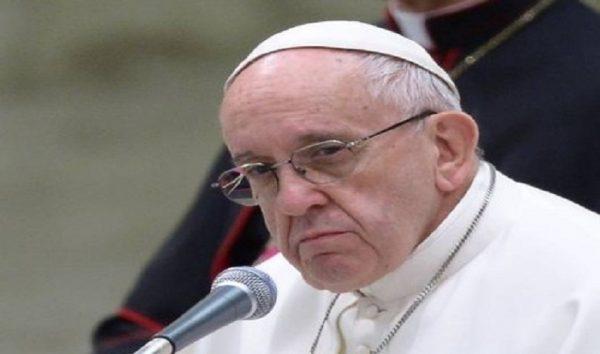 Papa Francisco lamenta morte de presos em Manaus: 'Dor e preocupação'