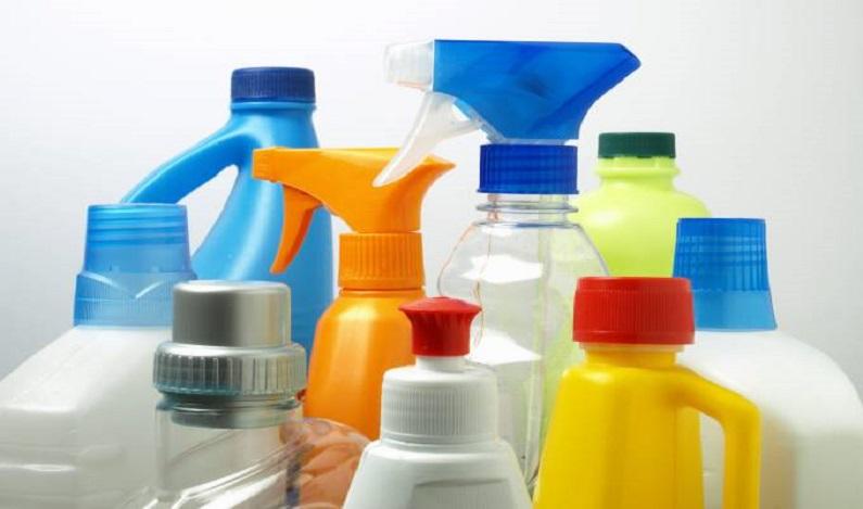 Anvisa proíbe fabricação e venda de marcas de produto de limpeza