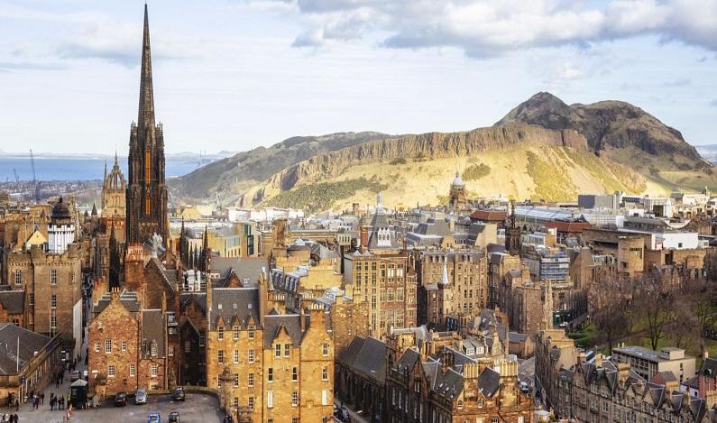 Universidade escocesa oferece bolsas de estudos para brasileiros