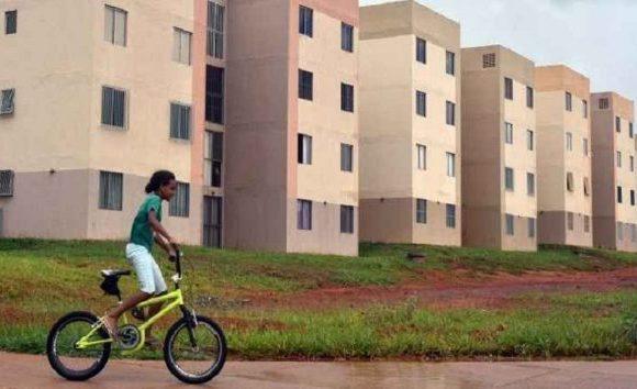 Caixa diz que governo estuda ampliar programa Minha Casa, Minha Vida