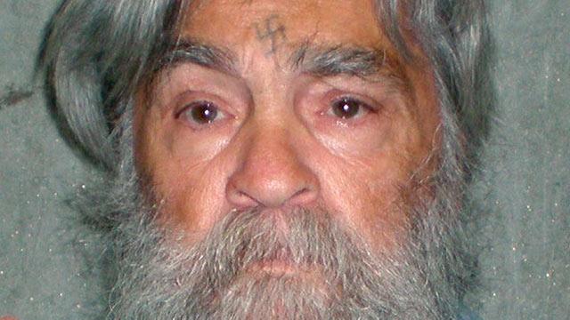 Charles Manson, o mais conhecido serial killer dos EUA, morre aos 83 anos